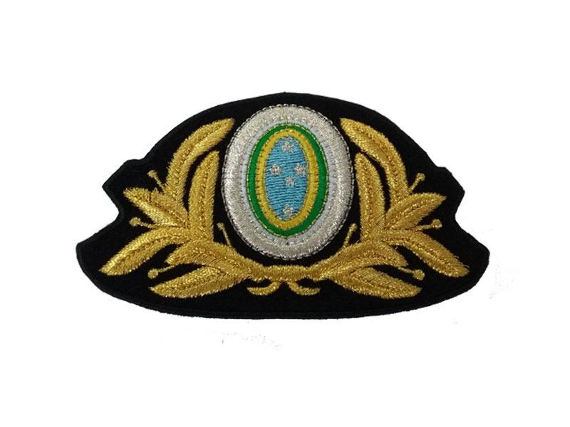 b387becf0dba1 Crachá quepe Oficial masculino Exército com linha nacional – Bordaki