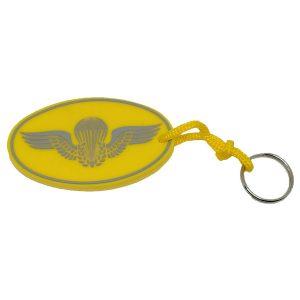 Chaveiro Paraquedista amarelo emborrachado.